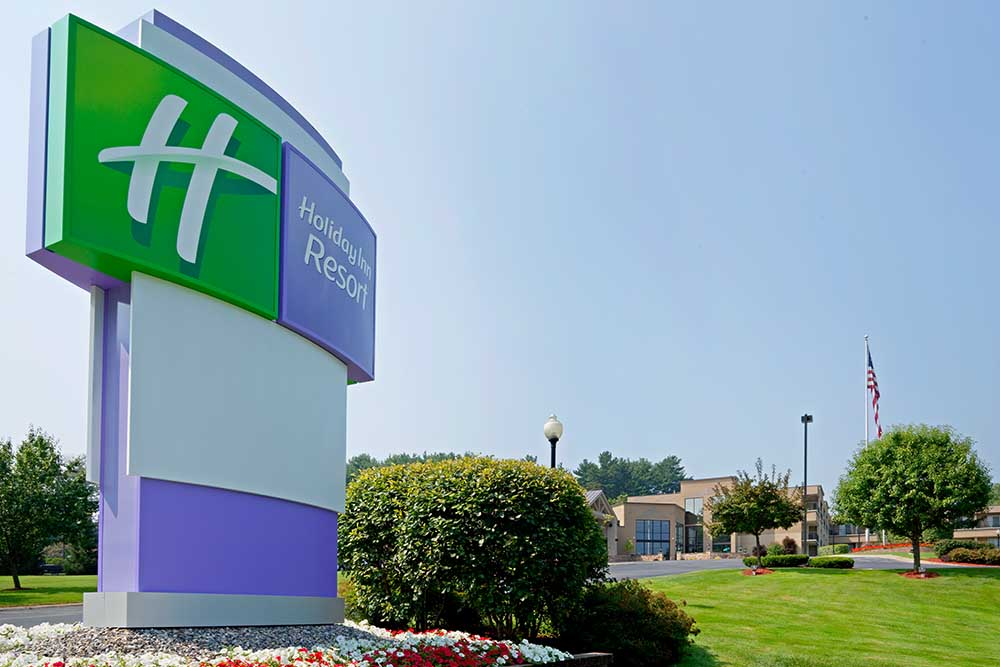 Holiday Inn Resort Sign