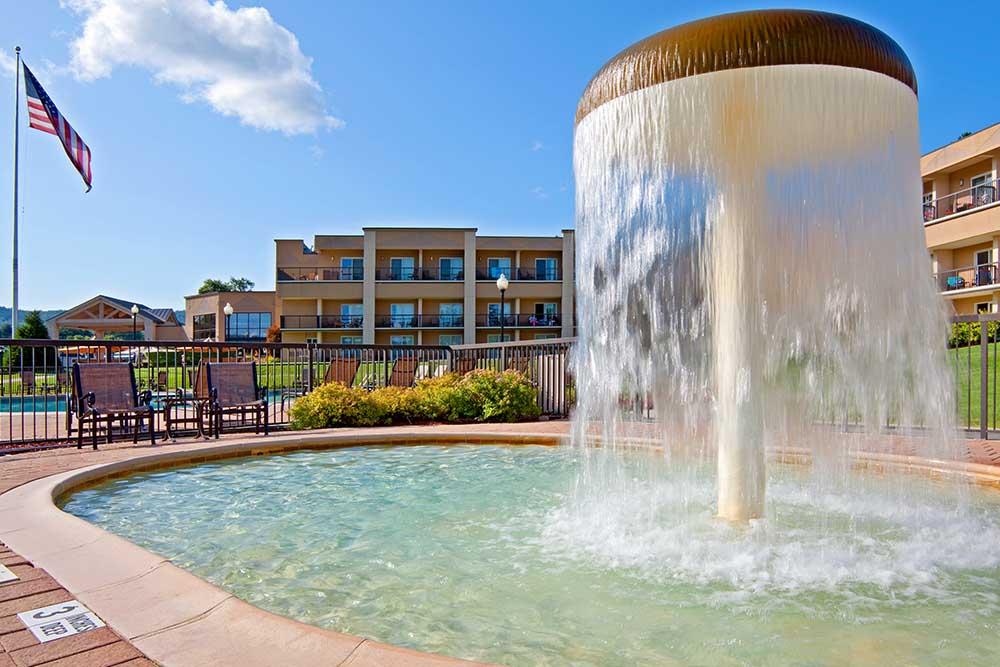 Fountain in Kids pool
