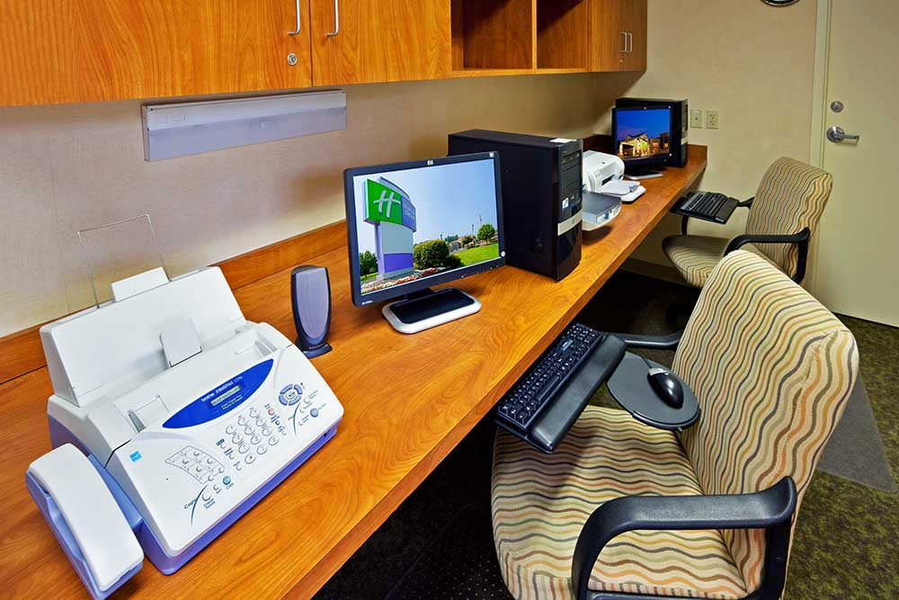 Business Center with Computer and Fax